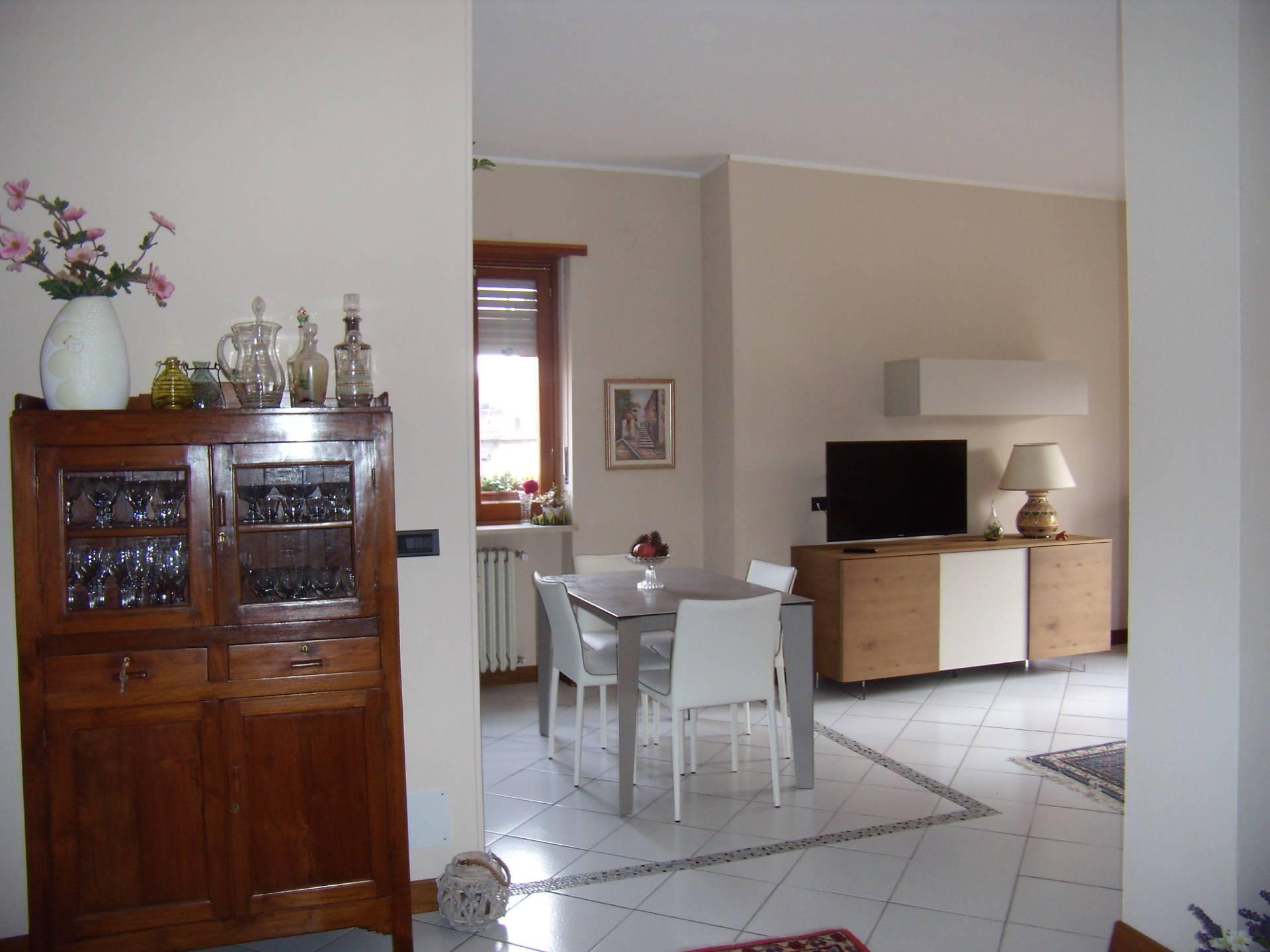 Appartamento in vendita a Riva Presso Chieri, 3 locali, prezzo € 120.000 | CambioCasa.it