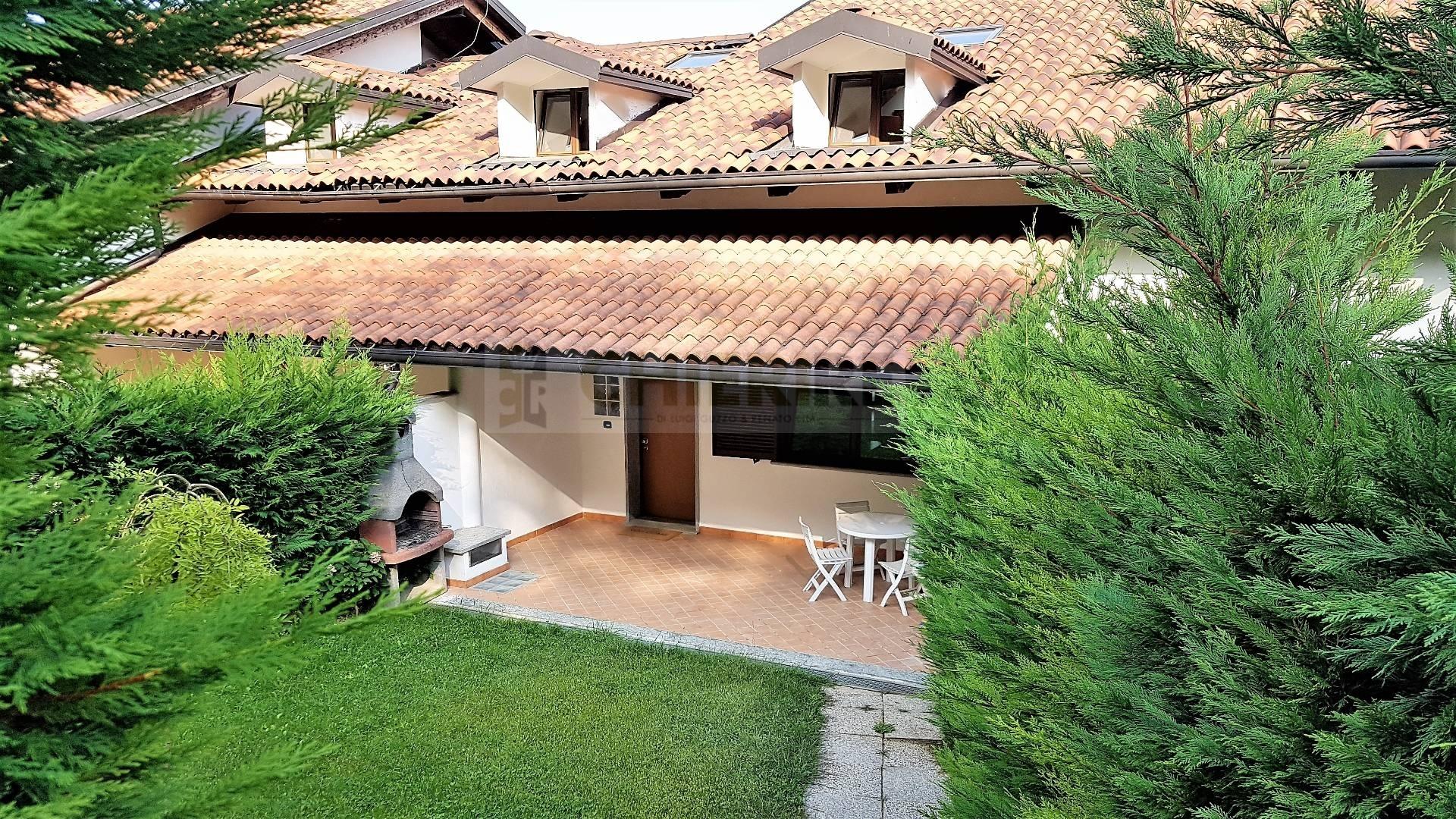 Appartamento in affitto a Pecetto Torinese, 8 locali, zona Zona: Eremo, prezzo € 2.200 | CambioCasa.it