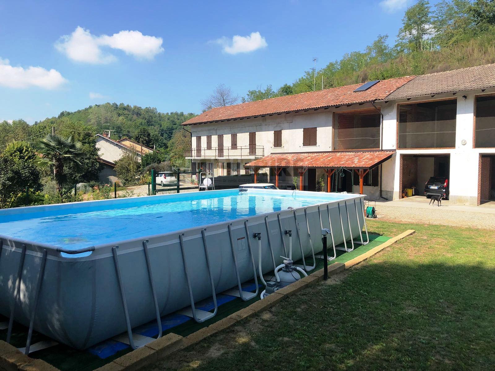 Rustico / Casale in vendita a Frinco, 9 locali, zona Località: SanDefendente, prezzo € 195.000 | CambioCasa.it