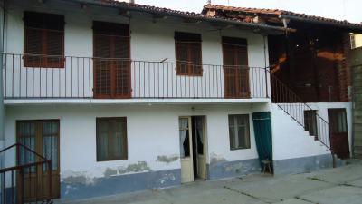 Casa singola in Vendita a Bra