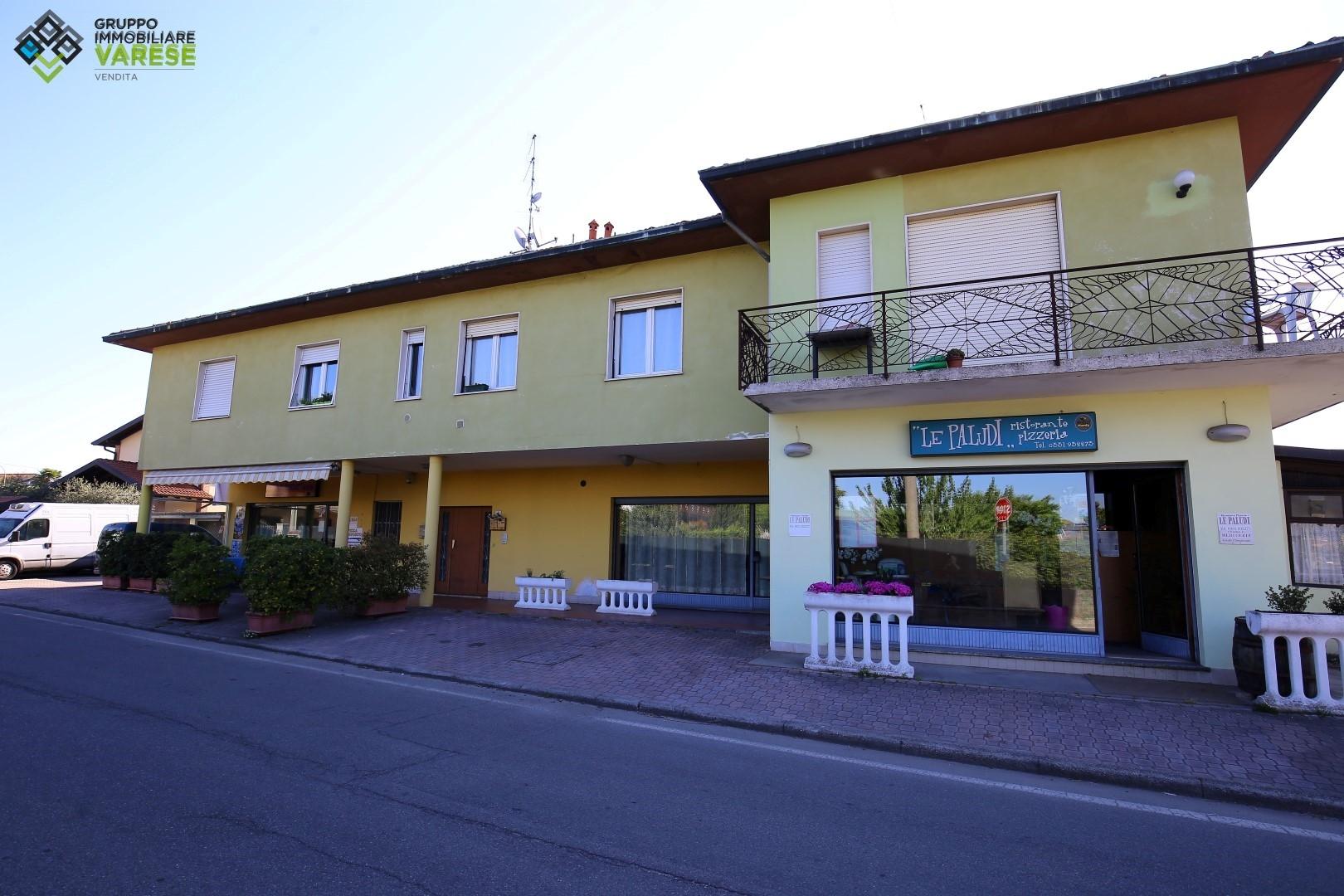 Attività / Licenza in vendita a Angera, 9999 locali, zona Zona: Bruschera, prezzo € 49.000   CambioCasa.it