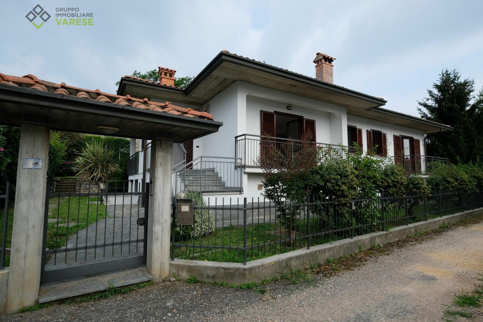 Villa in vendita a Morazzone, 5 locali, prezzo € 375.000 | CambioCasa.it