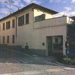 Appartamento in vendita a Azzate, 3 locali, prezzo € 45.000   CambioCasa.it