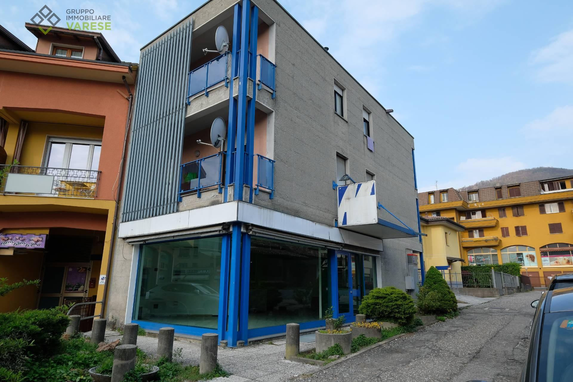 Attività / Licenza in affitto a Lavena Ponte Tresa, 9999 locali, prezzo € 2.150   CambioCasa.it