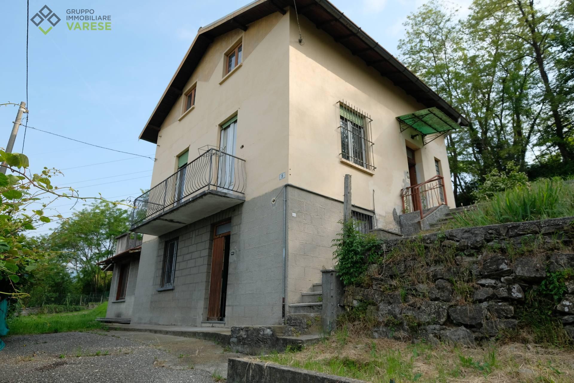 Soluzione Indipendente in vendita a Cocquio-Trevisago, 6 locali, zona ni, prezzo € 130.000 | PortaleAgenzieImmobiliari.it