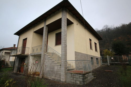 Casa singola in Vendita