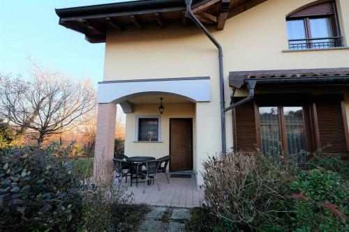 Villa a Schiera in Vendita a Vergiate