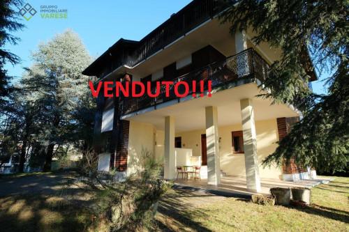 Villa Bifamiliare in Vendita a Caronno Varesino