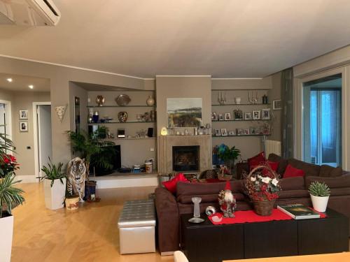 Appartamento in casa bifamiliare in Vendita a Varese