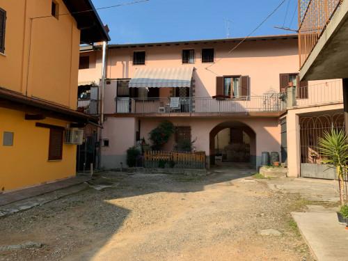 Appartamento Bilocale in Vendita a Caronno Varesino