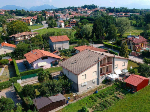 casa semindipendente in Vendita a Morazzone