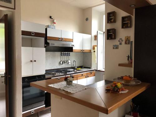 Appartamento Bilocale in Vendita a Laveno-Mombello