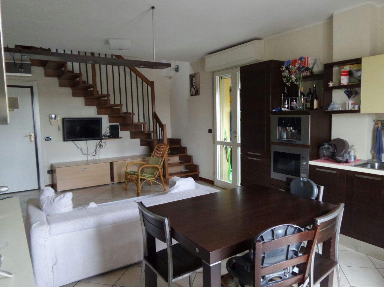 Appartamento in vendita a Cesena, 5 locali, zona Località: S.Egidio, prezzo € 199.000 | CambioCasa.it