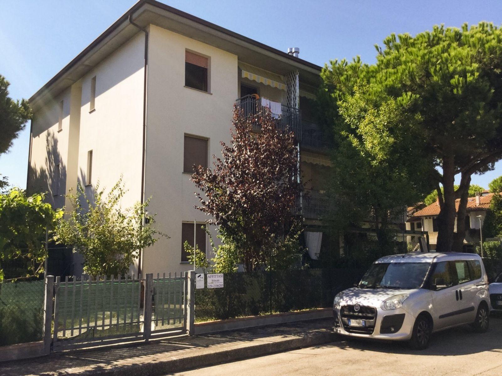 Bilocale vendita cervia pinarella for Planimetrie per case di 3000 piedi quadrati