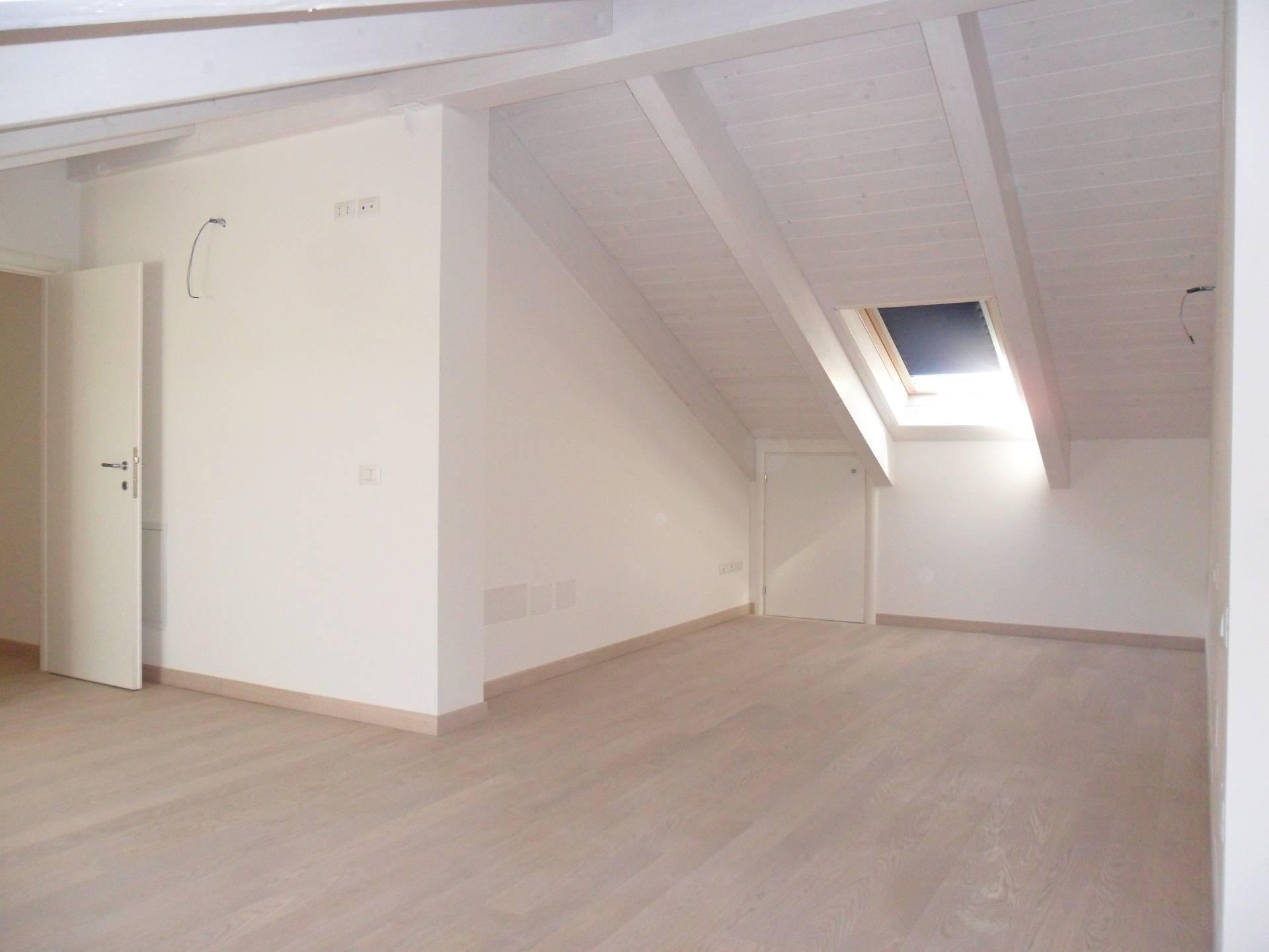 Appartamento in vendita a Ravenna, 2 locali, zona Località: FornaceZarattini, prezzo € 198.000 | CambioCasa.it