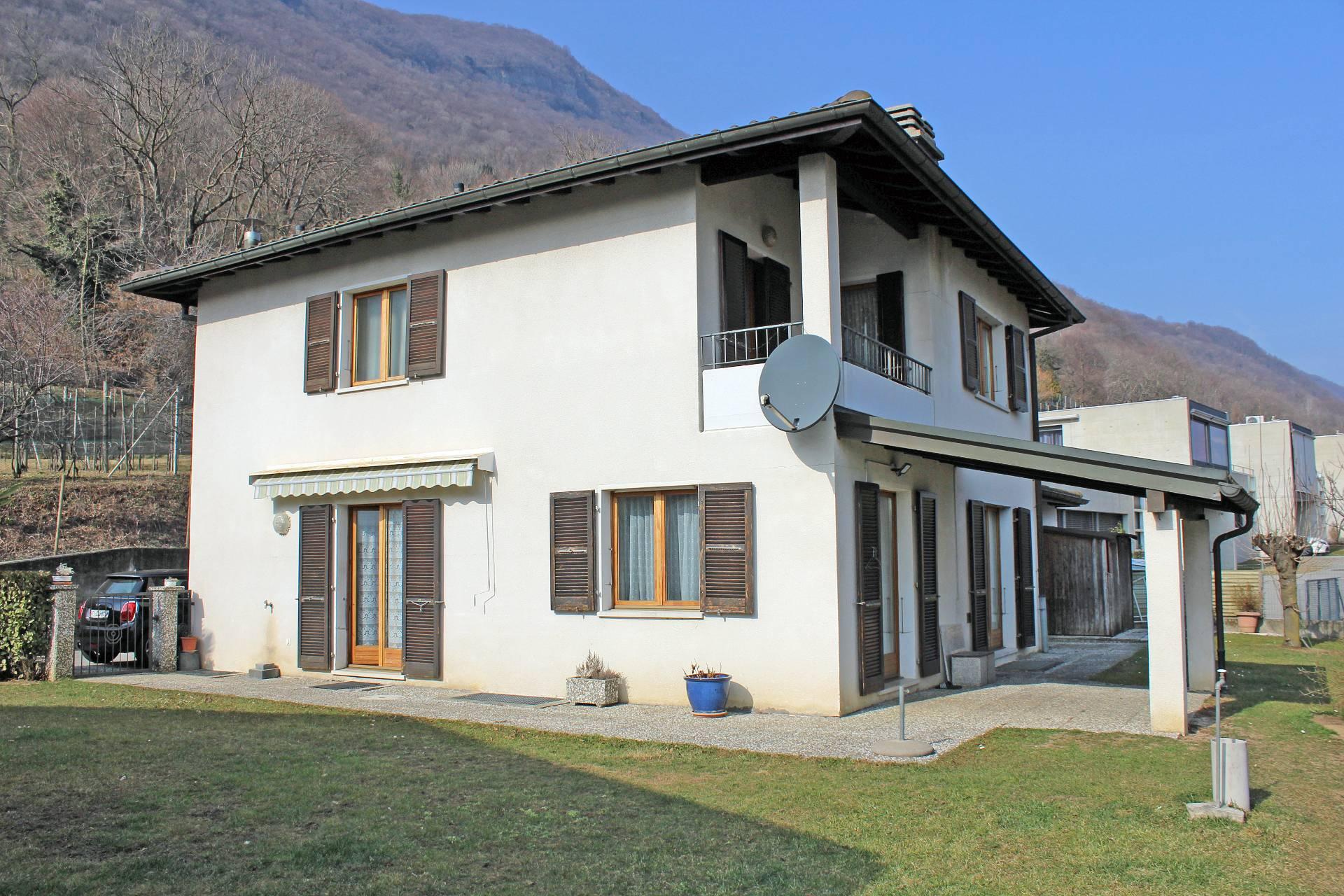 Spazio Vitale Studio Immobiliare vendita casa singola svizzera distretto di mendrisio riva