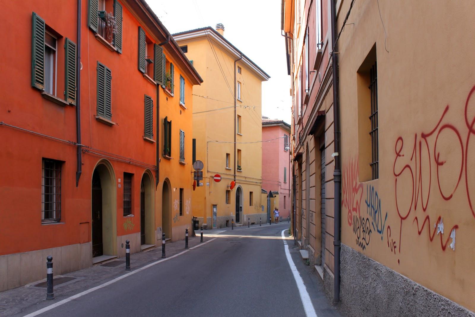 bologna affitto quart: centro storico lucchi-agenzia-immobiliare