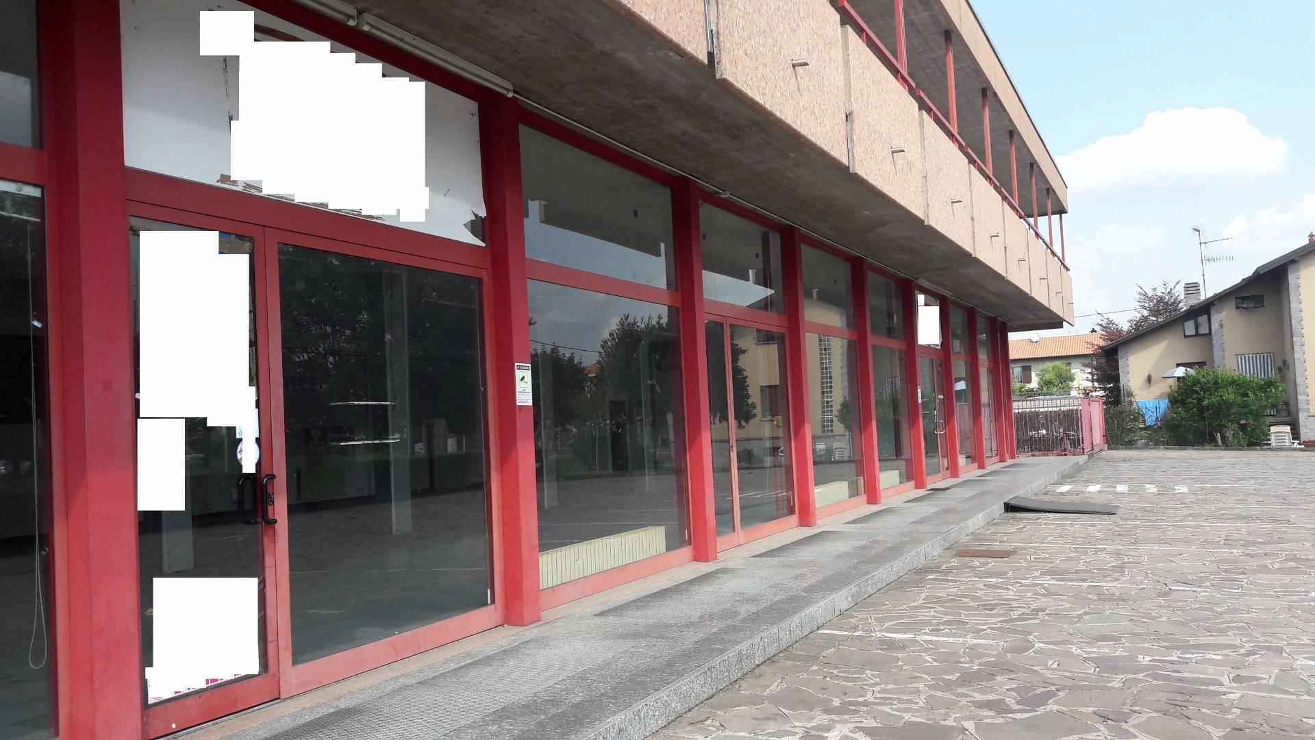 Altro in affitto a Cassano Magnago, 9999 locali, prezzo € 90.000 | CambioCasa.it