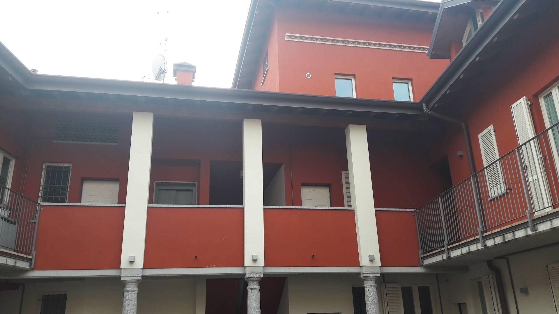 Appartamento in affitto a Cassano Magnago, 4 locali, prezzo € 850 | CambioCasa.it