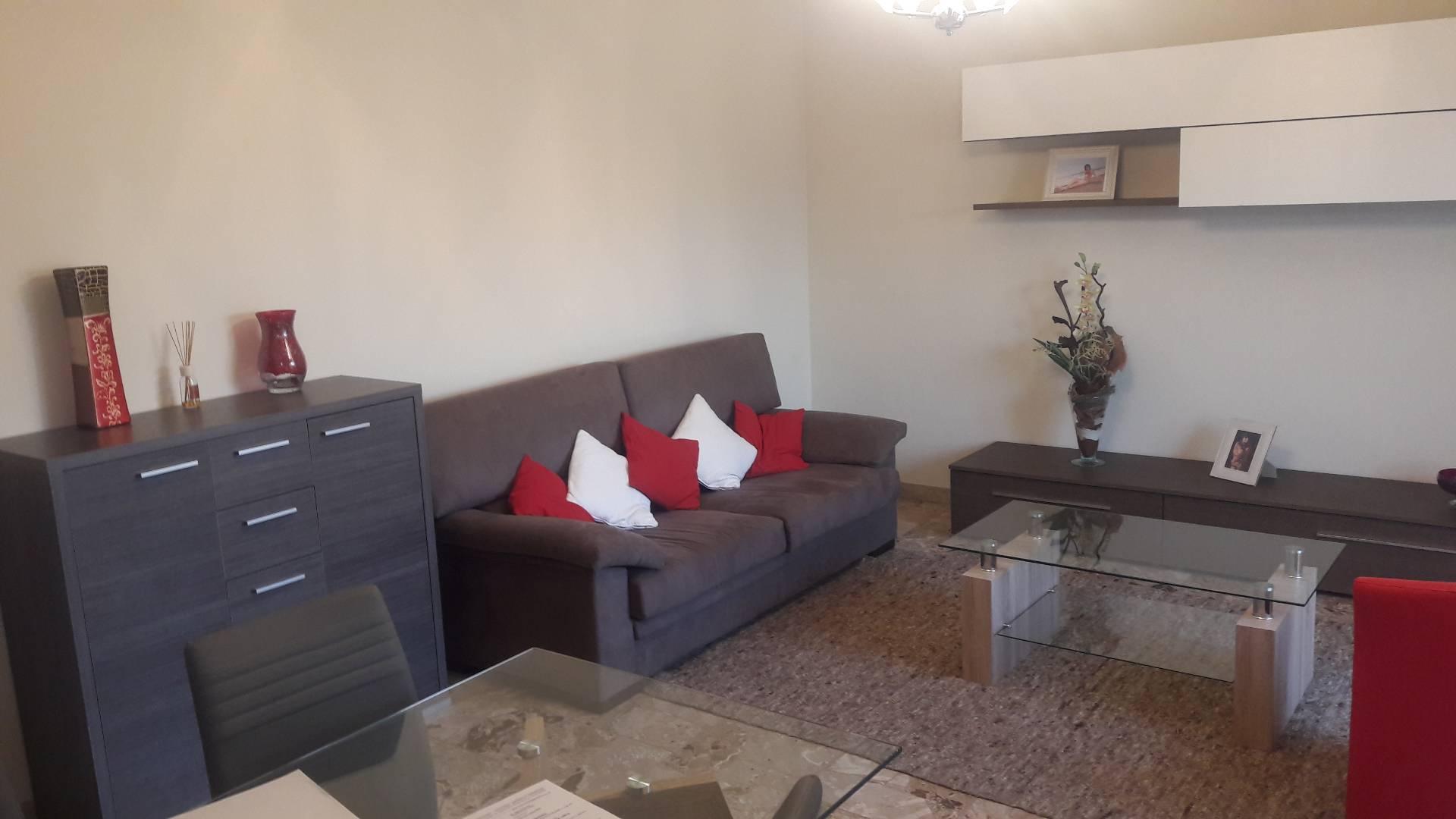 Appartamento in affitto a Gallarate, 4 locali, zona Zona: Arnate, prezzo € 720   CambioCasa.it