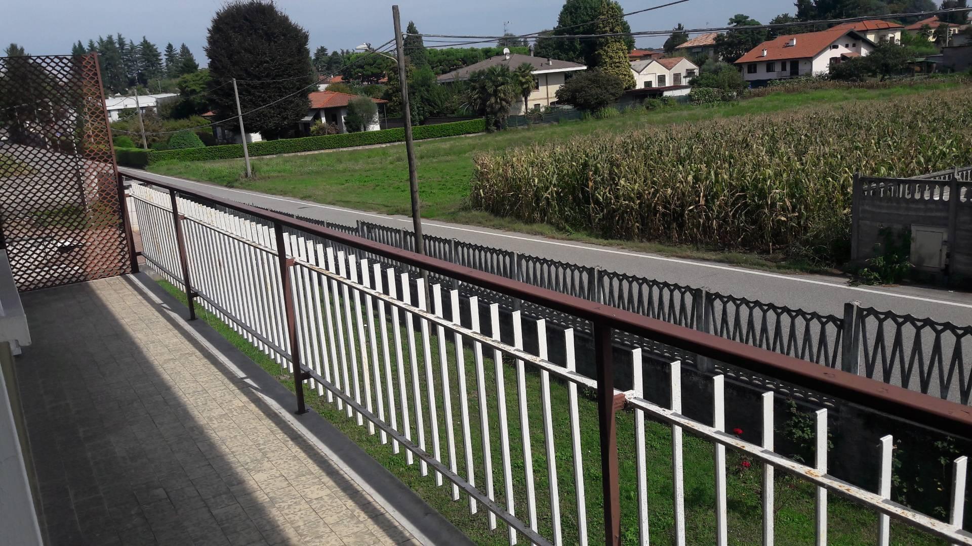 Loft / Openspace in vendita a Arsago Seprio, 8 locali, prezzo € 270.000   PortaleAgenzieImmobiliari.it