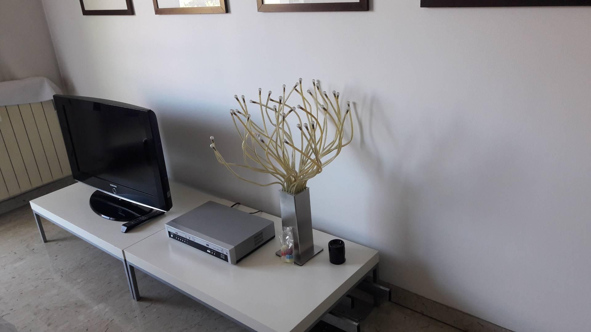 Appartamento in affitto a Gallarate, 3 locali, zona llo, prezzo € 500 | PortaleAgenzieImmobiliari.it