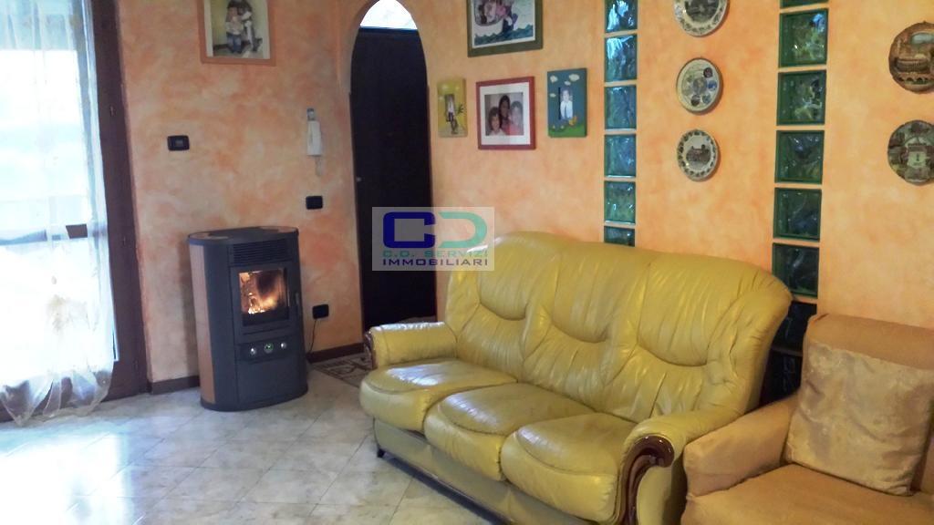 Villa a Schiera in vendita a Castel Rozzone, 4 locali, prezzo € 185.000 | CambioCasa.it