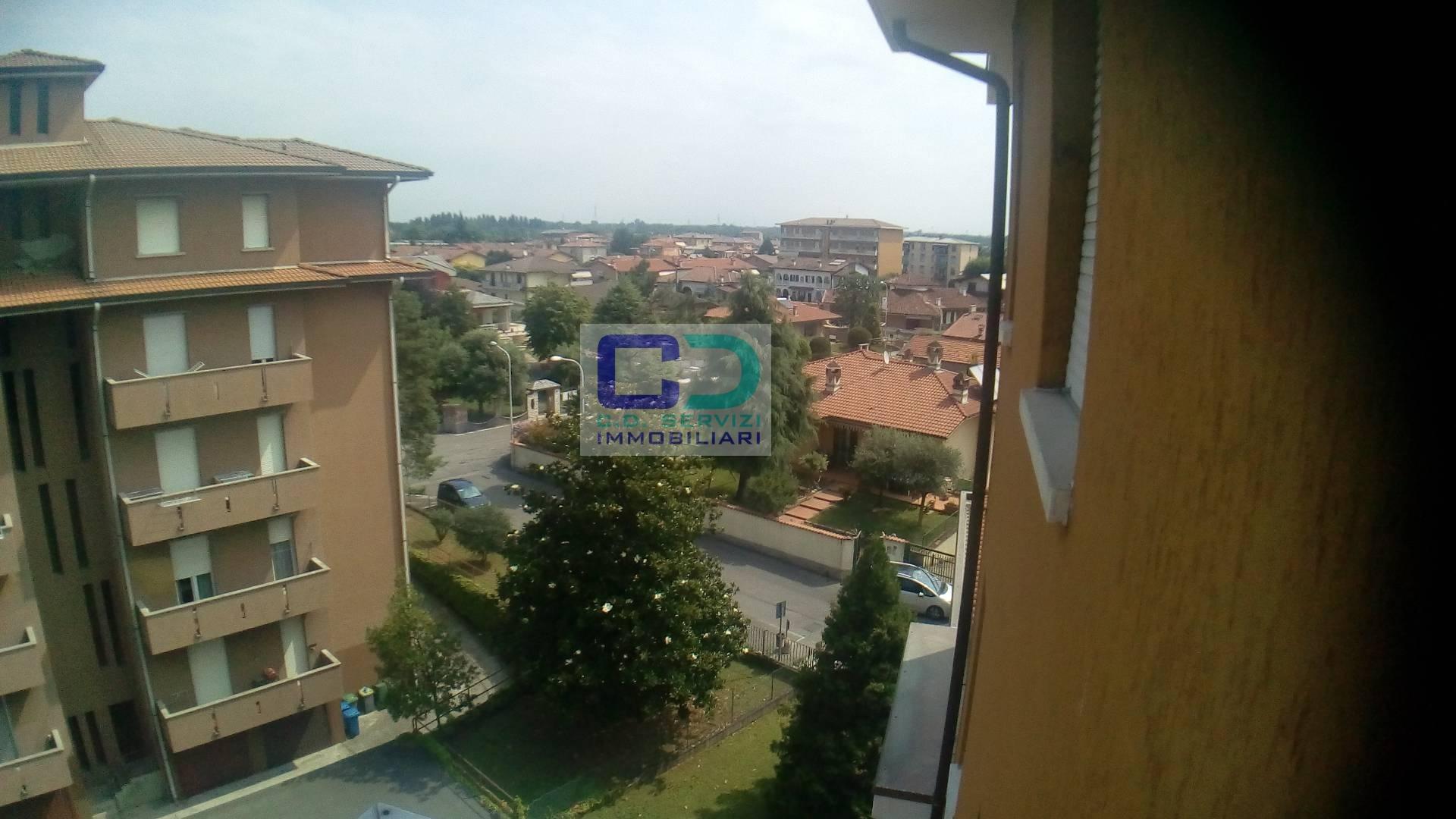 Appartamento in affitto a Fara Gera d'Adda, 3 locali, prezzo € 430 | CambioCasa.it