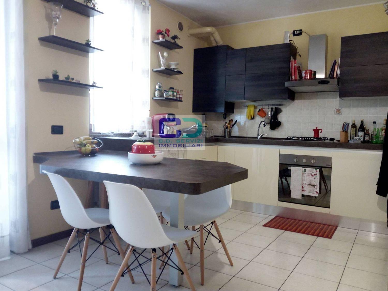 Appartamento in vendita a Fara Gera d'Adda, 3 locali, prezzo € 115.000 | CambioCasa.it