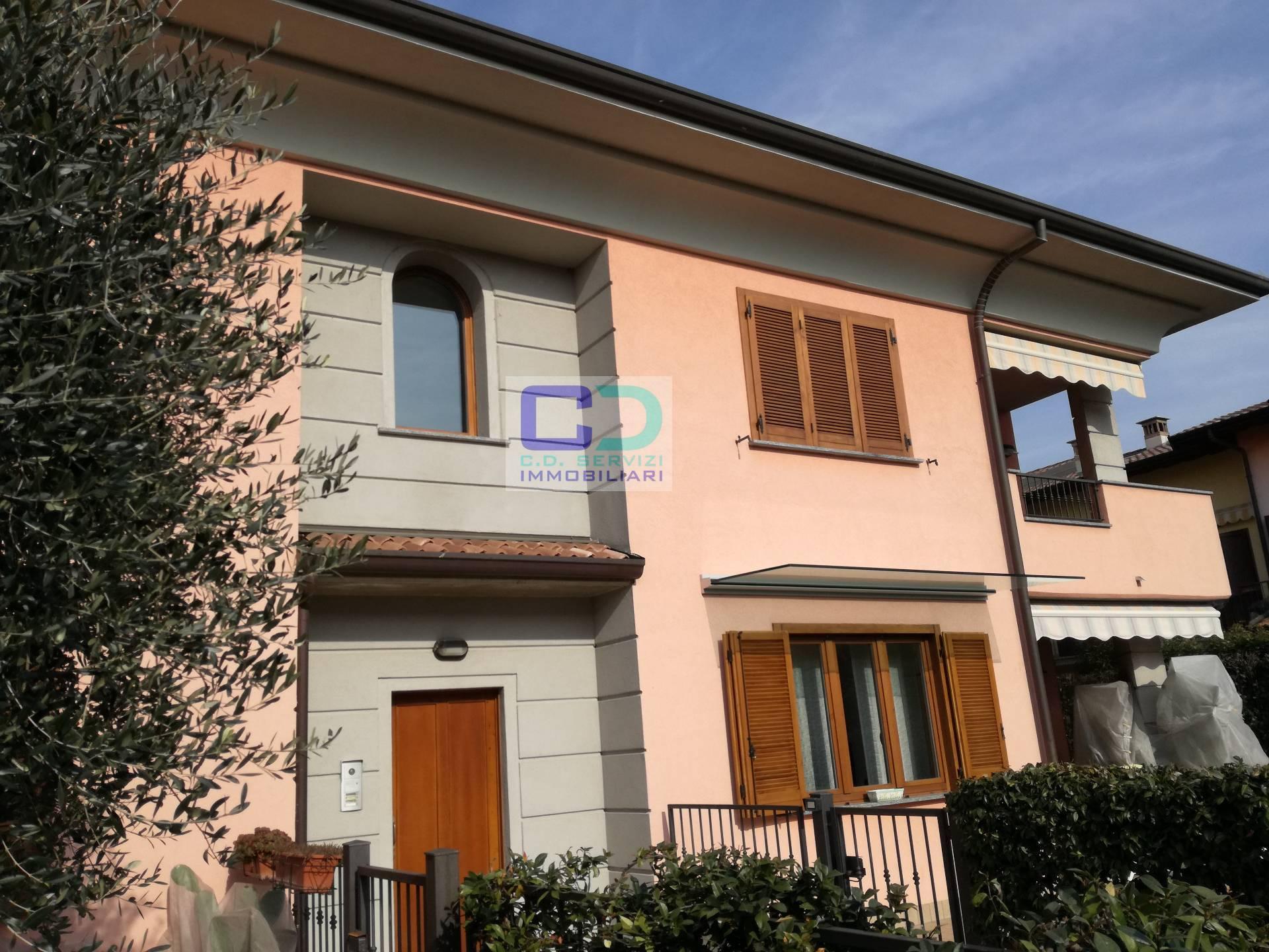 Appartamento in vendita a Brignano Gera d'Adda, 3 locali, prezzo € 157.000 | CambioCasa.it
