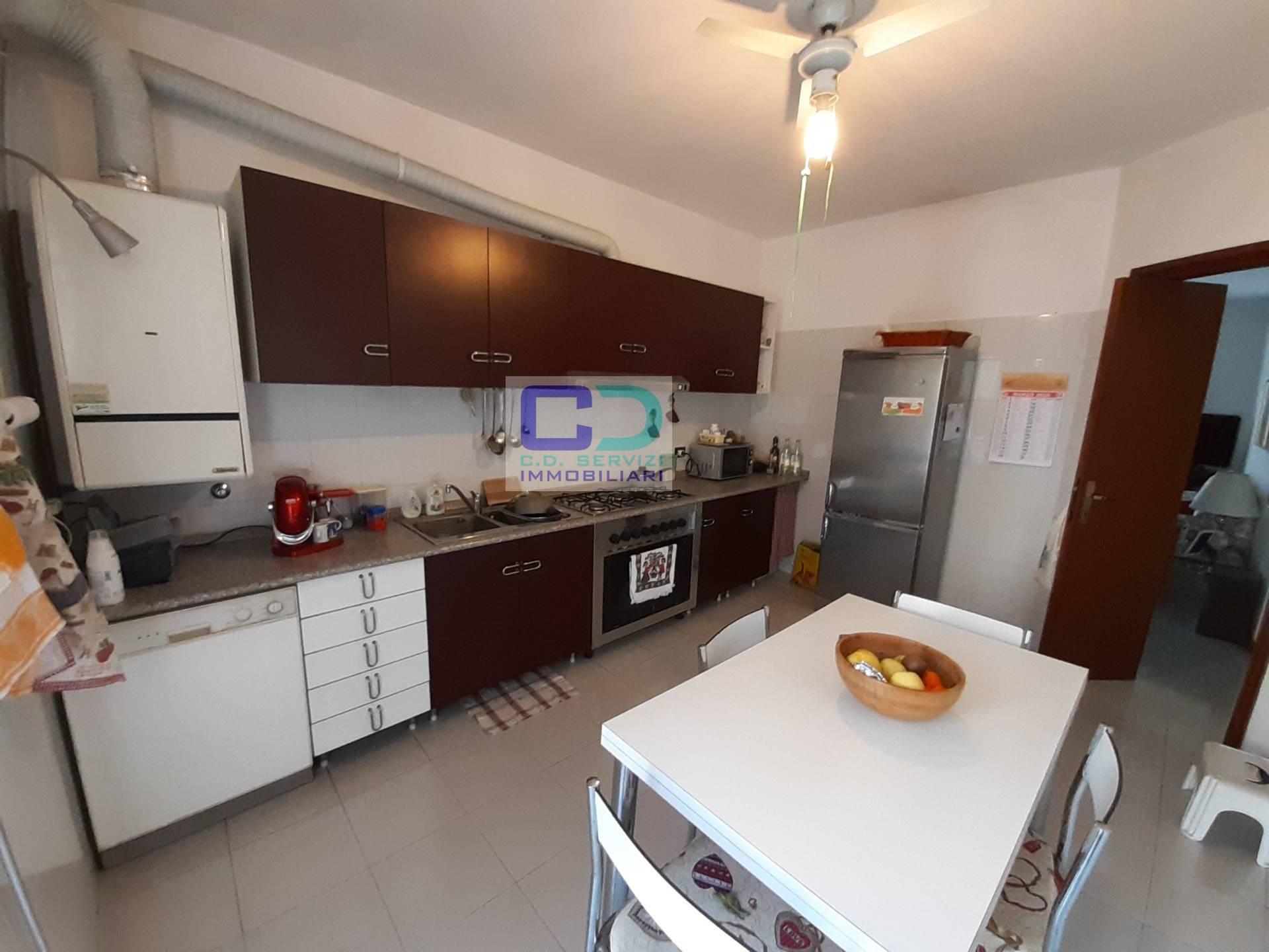 Appartamento in vendita a Fara Gera d'Adda, 3 locali, prezzo € 159.000 | CambioCasa.it