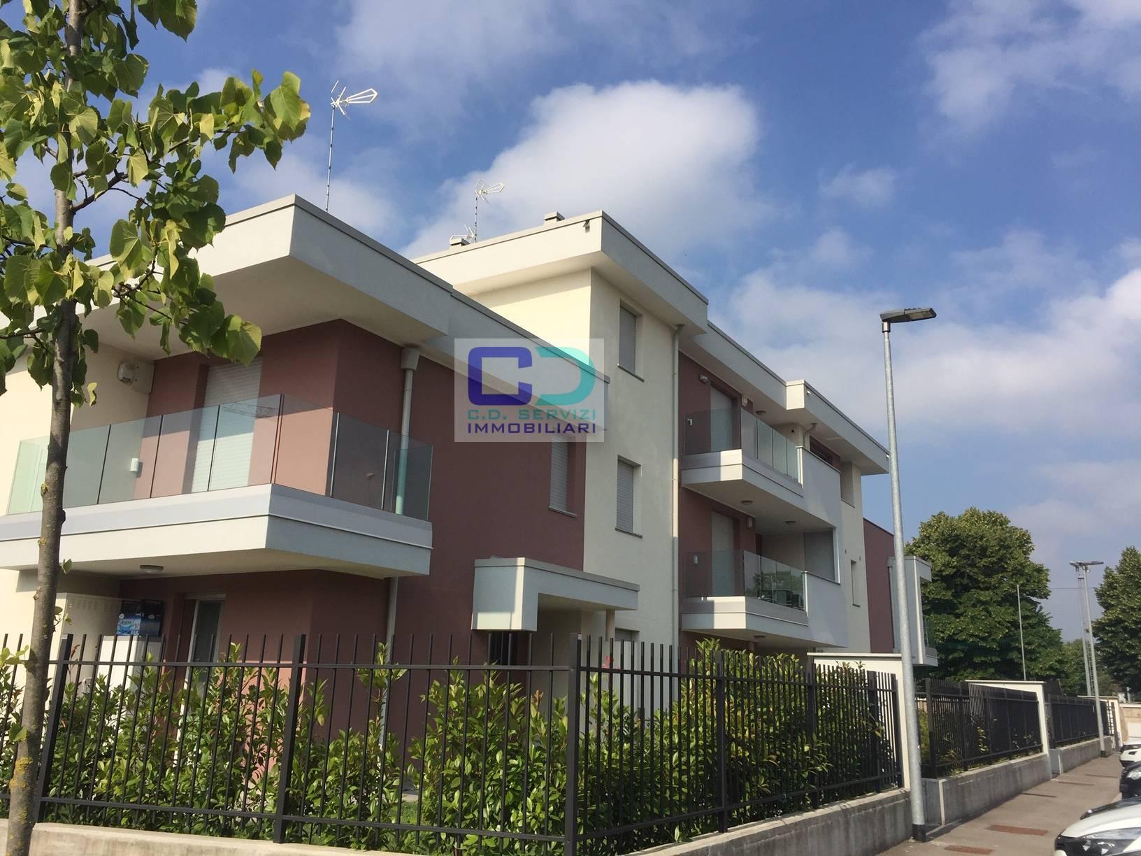 Appartamento in vendita a Inzago, 3 locali, prezzo € 256.000 | CambioCasa.it