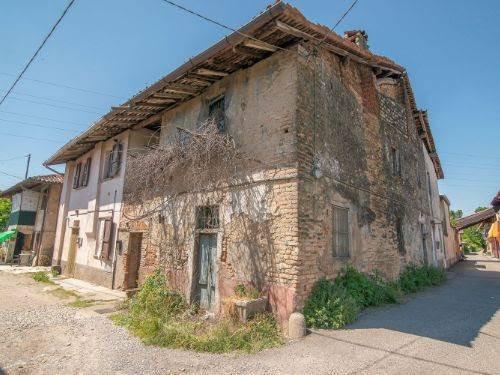 Rustico in Vendita a Cassano d'Adda