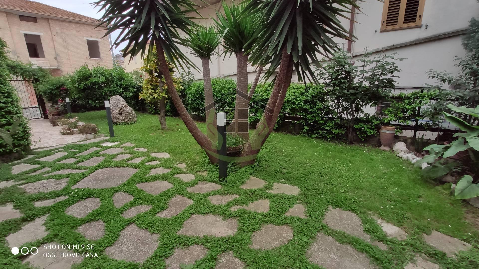 Appartamento in vendita a Monteprandone, 4 locali, zona obuchi, prezzo € 240.000 | PortaleAgenzieImmobiliari.it