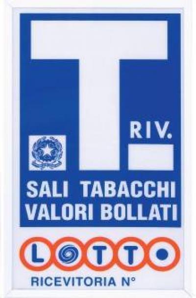 Attività commerciale in Vendita a Pomigliano d'Arco