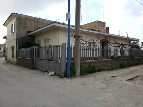 Casa singola in Vendita a Castello di Cisterna