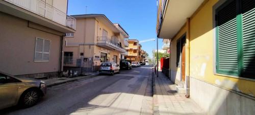 Attività commerciale in Affitto a Pomigliano d'Arco
