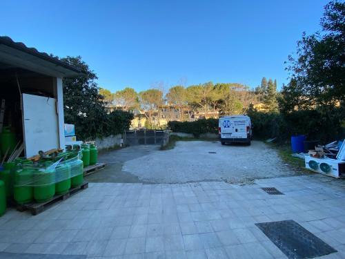 Deposito in Affitto a Bagno a Ripoli
