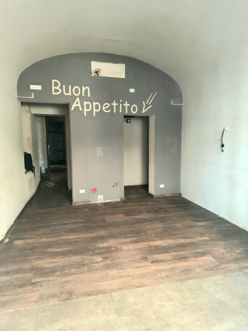Locale commerciale in Affitto a Firenze