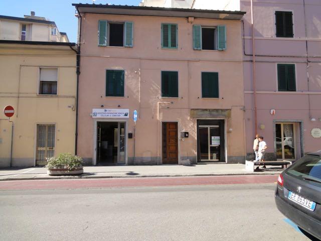 Negozio / Locale in vendita a Pontedera, 9999 locali, zona Località: Centro, prezzo € 28.000   CambioCasa.it