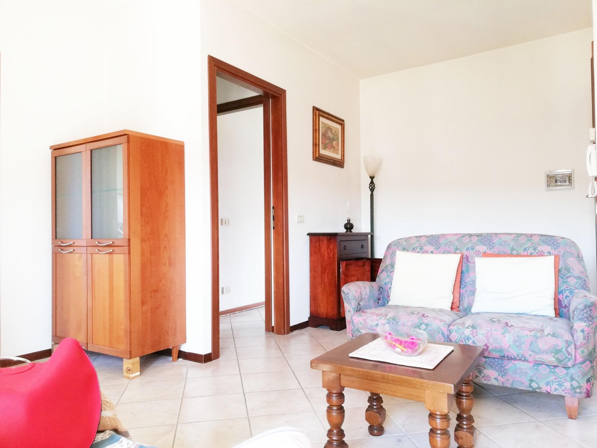 Appartamento in affitto a Santa Maria a Monte, 4 locali, zona Località: Montecalvoliinalto, prezzo € 450   CambioCasa.it