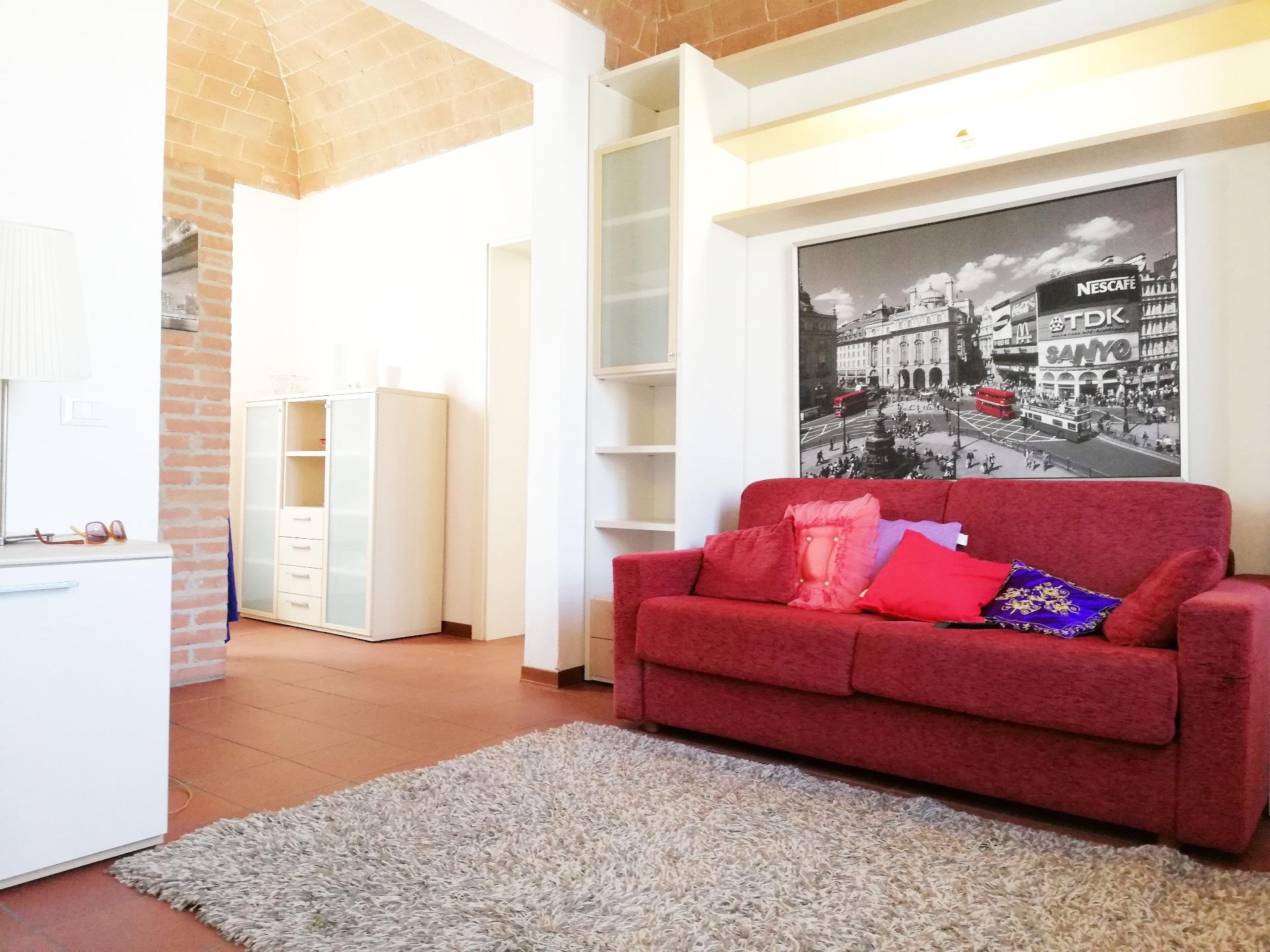 Appartamento in affitto a Pontedera, 4 locali, zona Località: Centro, prezzo € 500 | CambioCasa.it