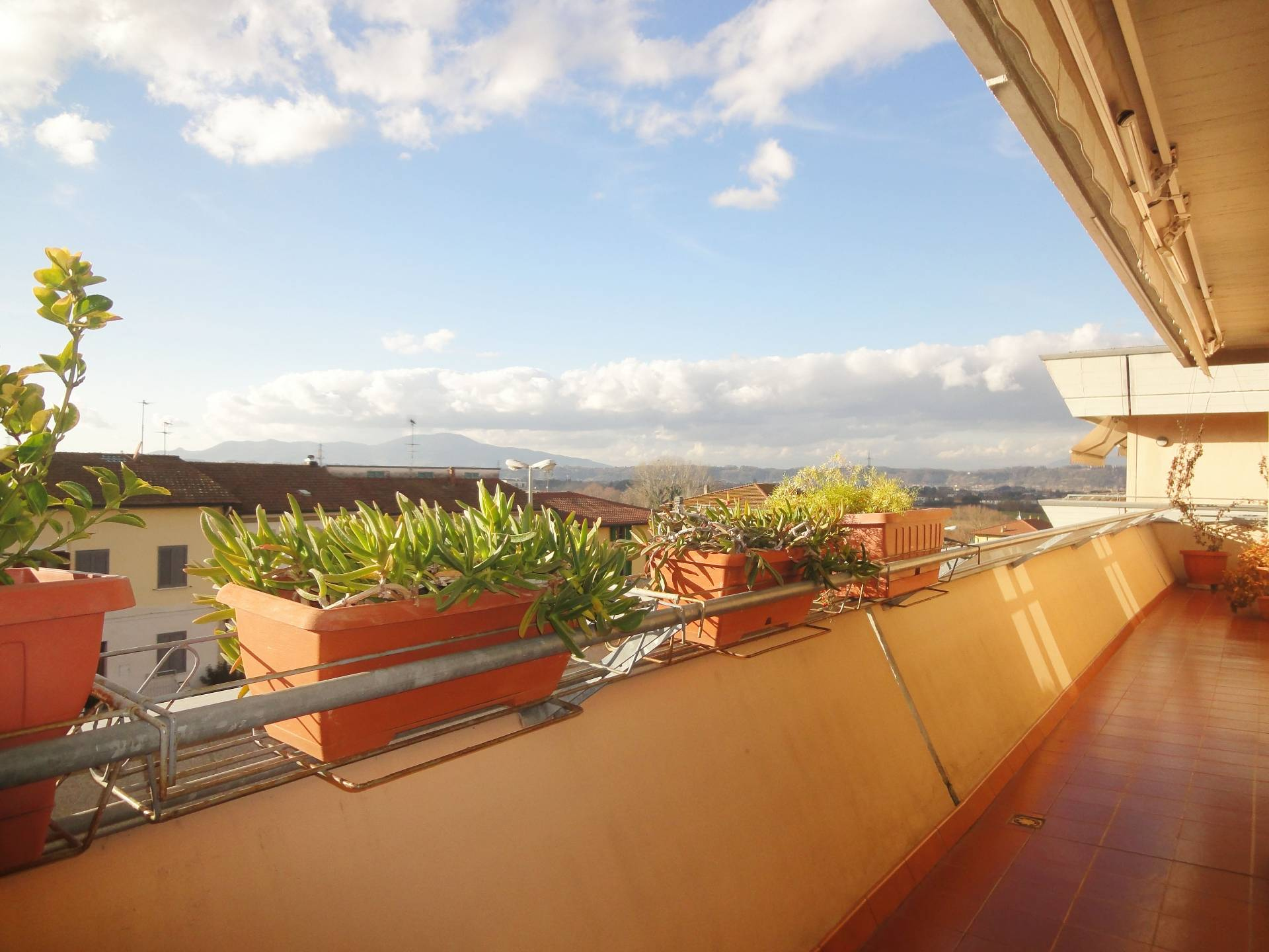 Appartamento in vendita a Montopoli in Val d'Arno, 3 locali, zona Località: SanRomano, prezzo € 120.000 | CambioCasa.it
