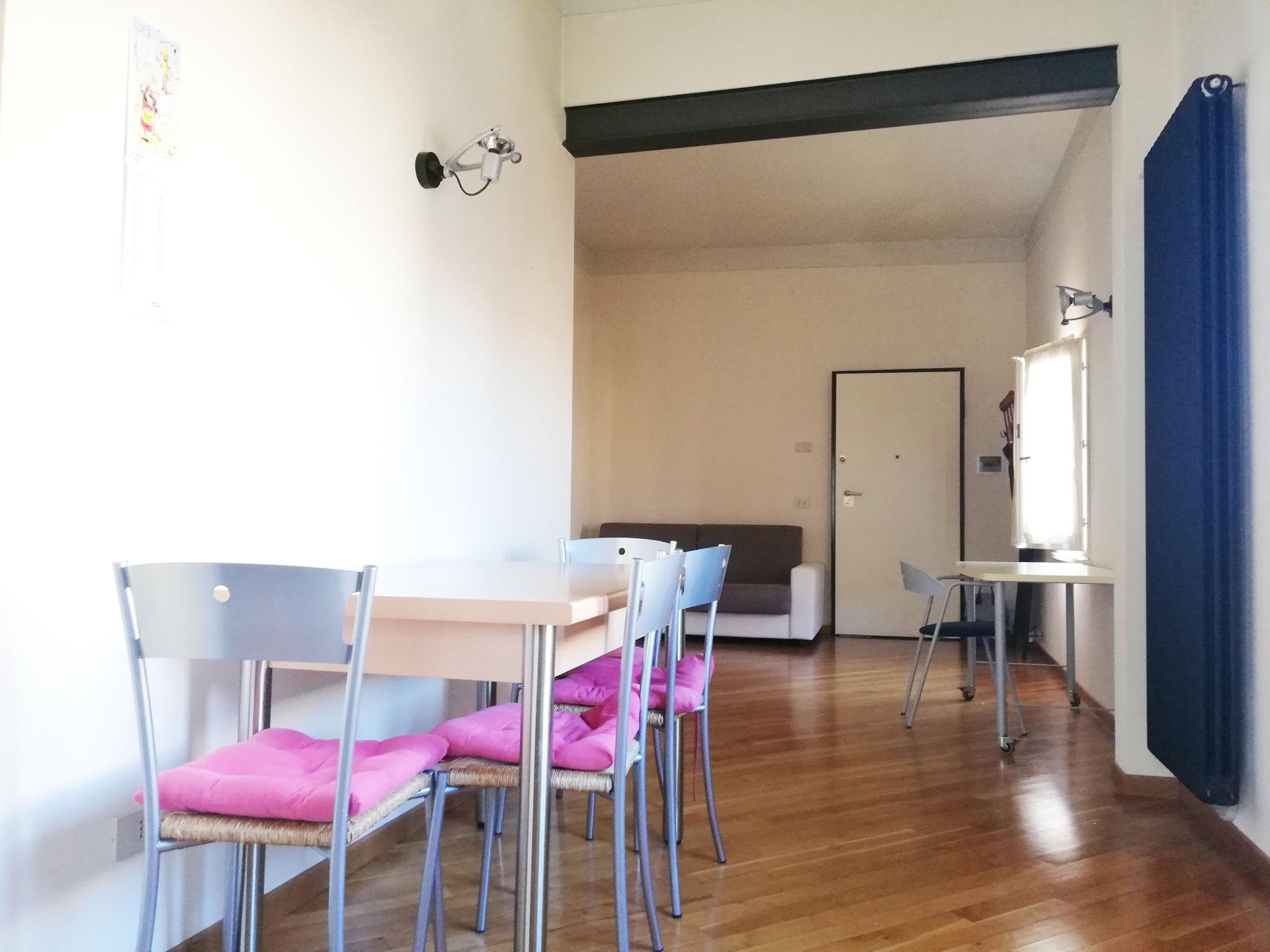 Appartamento in affitto a Pontedera, 3 locali, zona Località: Centro, prezzo € 550   CambioCasa.it