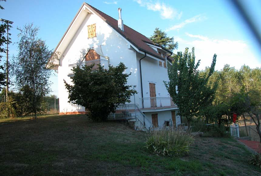 Foto 1 di Villa Mombaldone