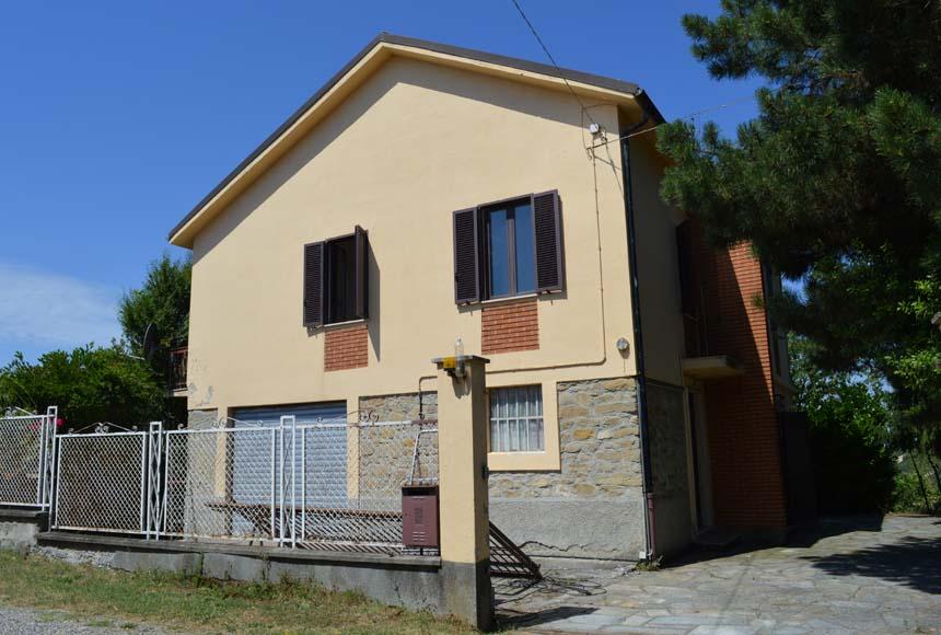 Foto 1 di Casa indipendente Via San Bastiano, 6, Sessame
