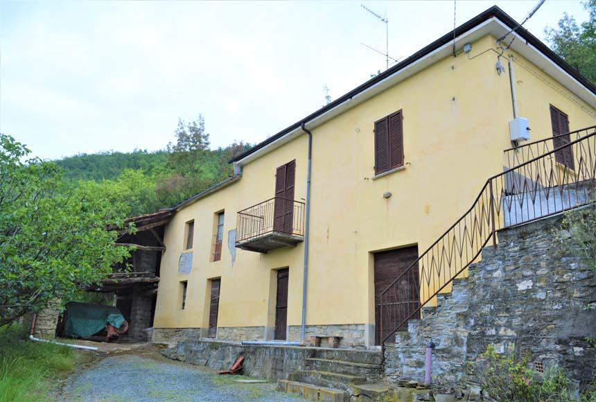 Foto 1 di Casa indipendente Gorghi, Denice