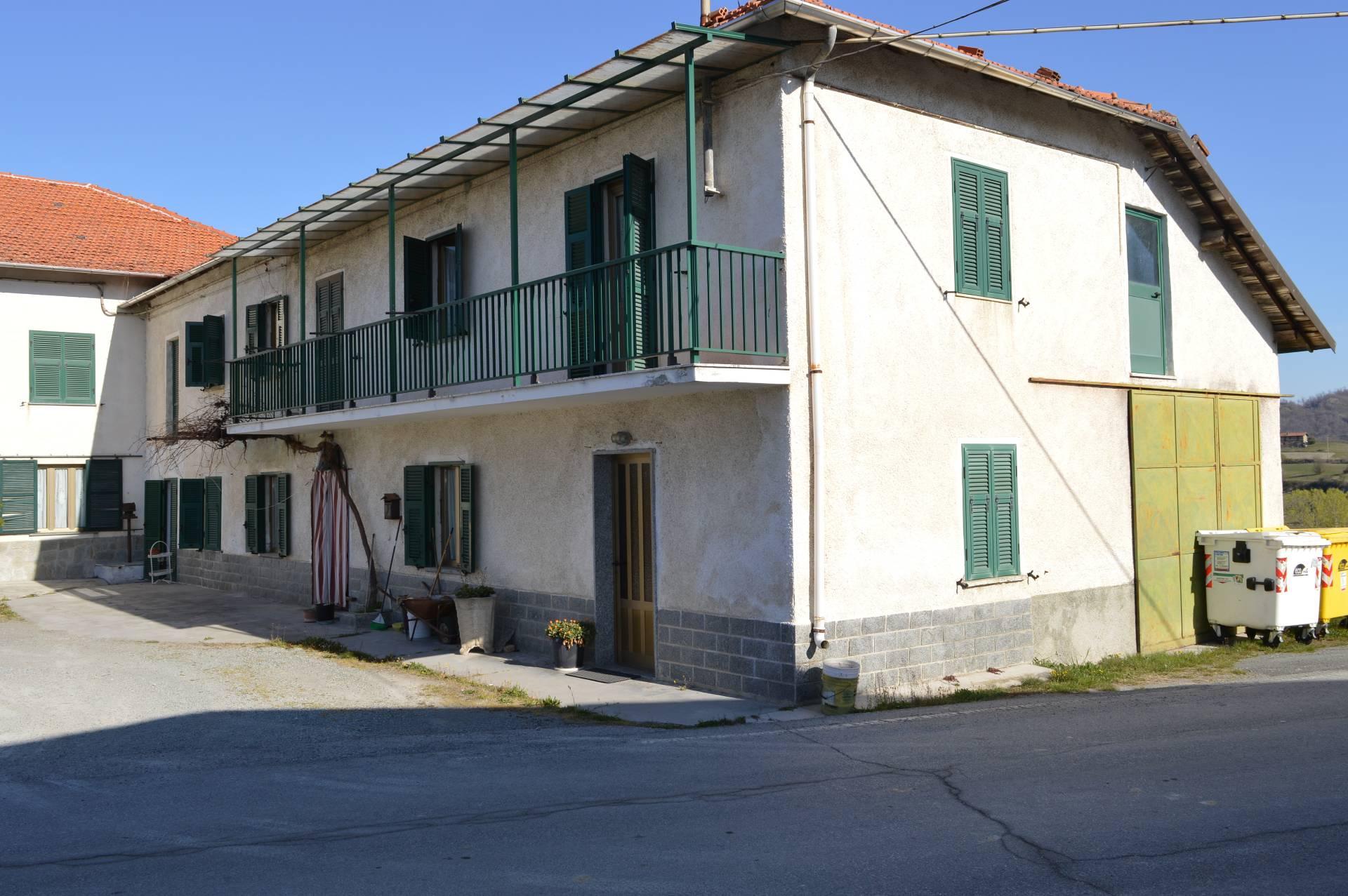 Foto 1 di Appartamento bivio per Roboaro, Pareto