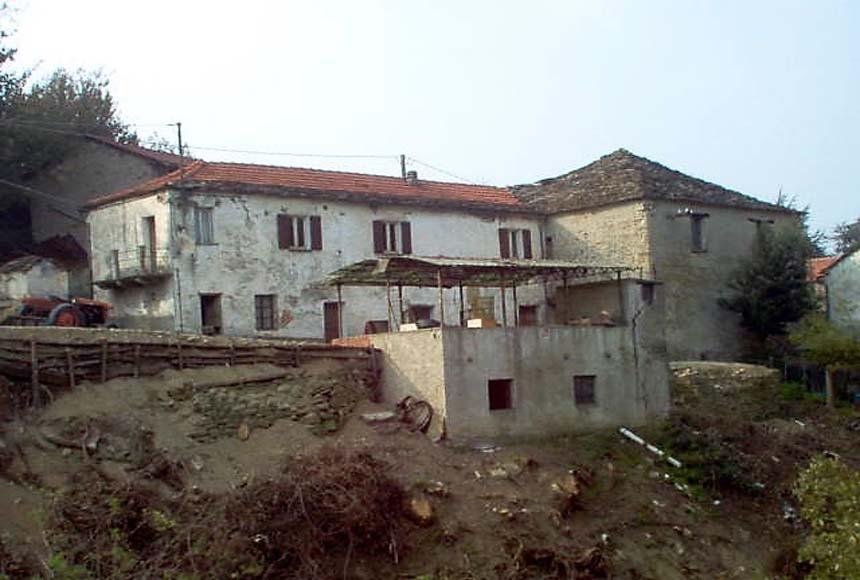 Casa Rustica in Vendita a Roccaverano