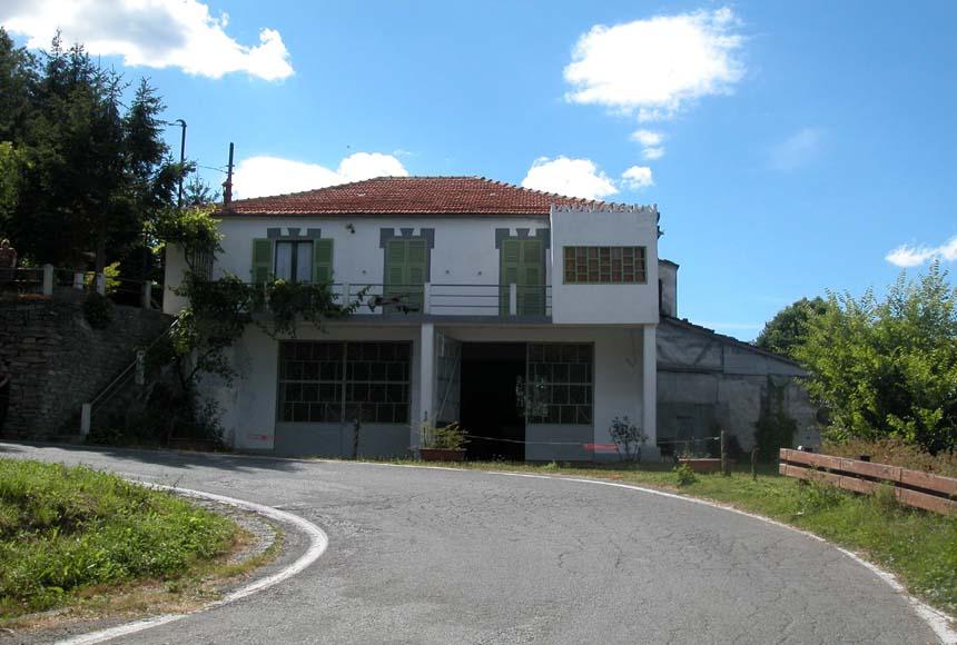 Villa / Villetta in Vendita a Roccaverano